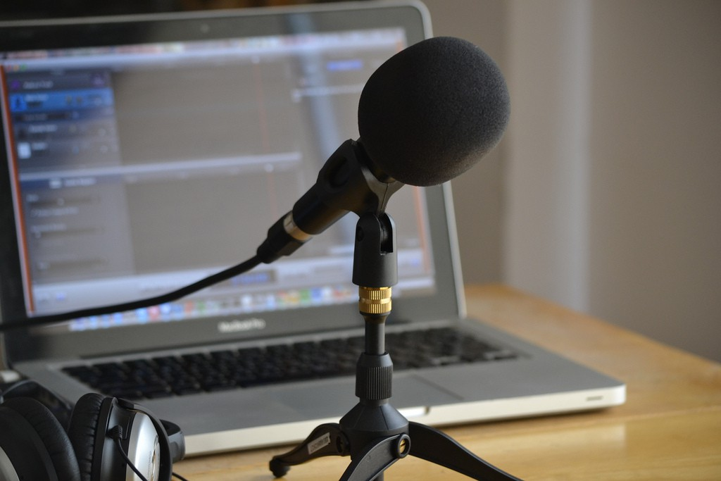 Podcasting now widely used for news