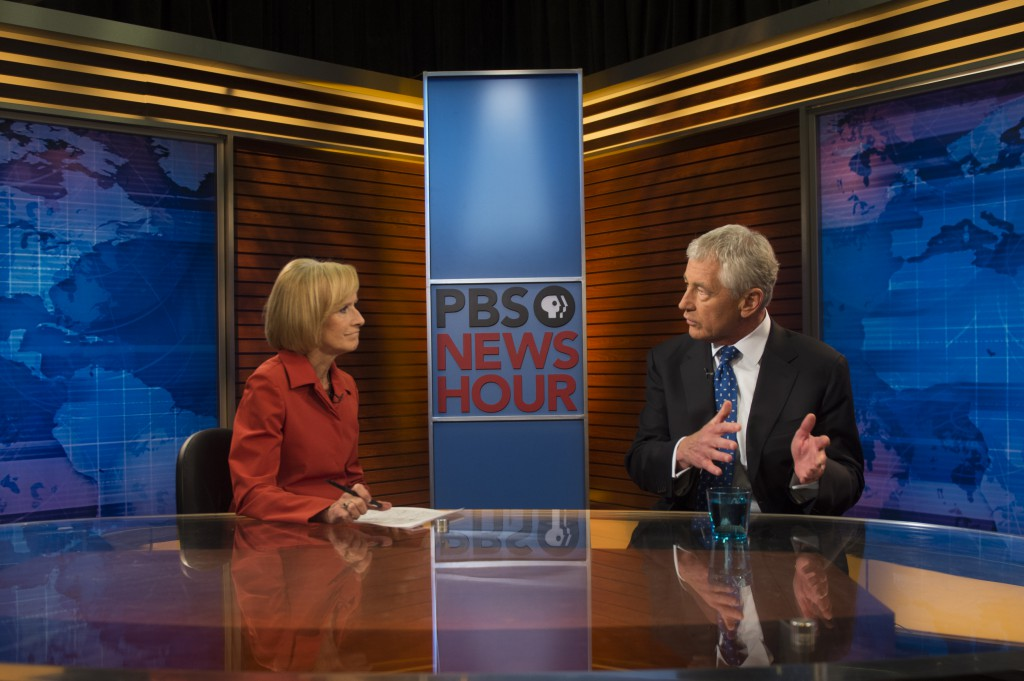 Judy Woodruf interviews Chuck Hagel on PBS News Hour