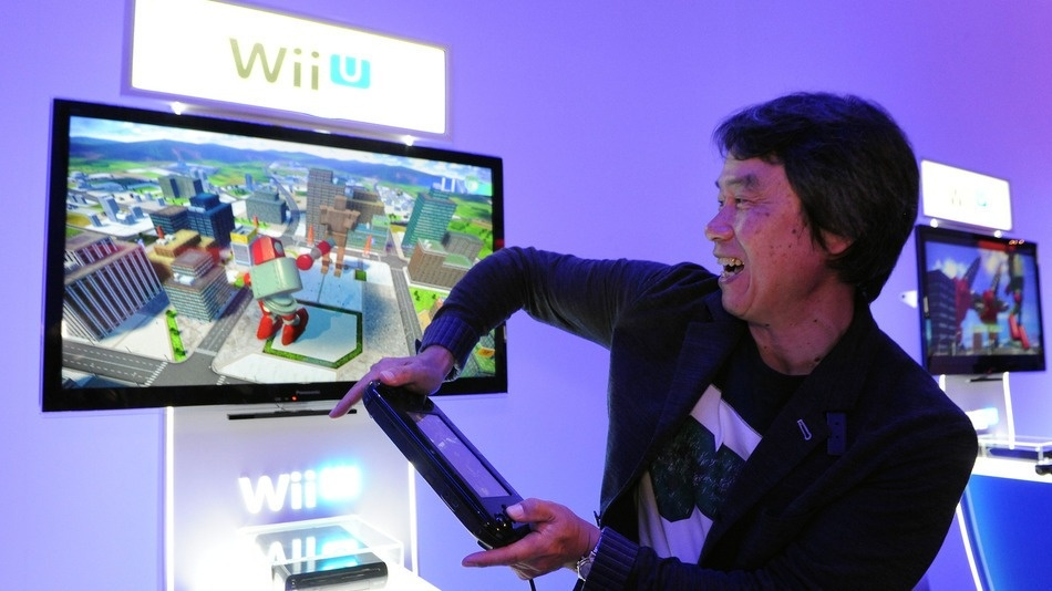 Shigeru Miyamoto demonstrating a game
