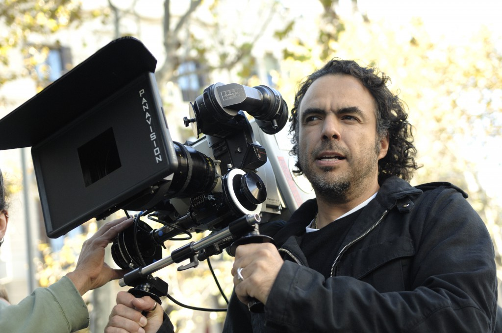 Alejandro_González_Iñárritu_with_a_camera_in_production