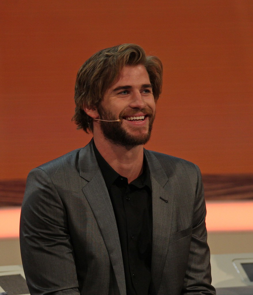 Liam_Hemsworth_at_214._Wetten,_dass.._show_in_Graz,_8._Nov._2014_02