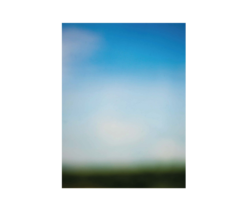 Gradient photo of sky and grass landscape